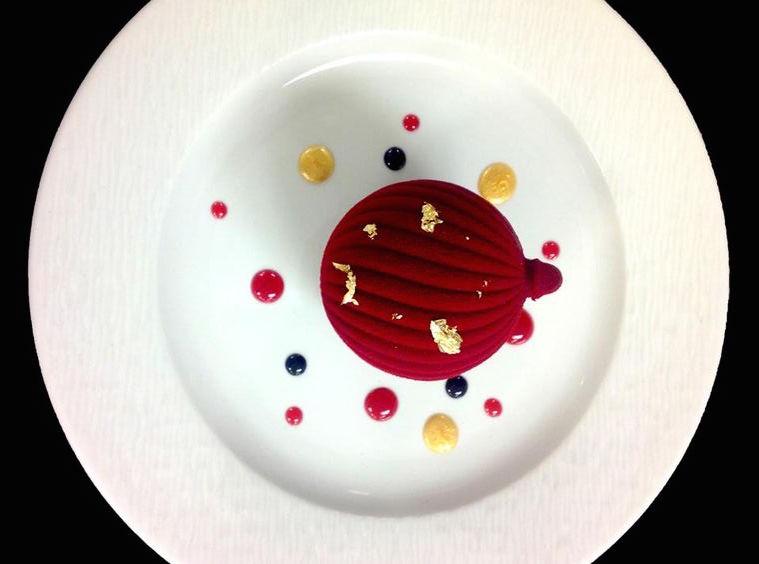 pâtisserie-design-coloré-rouge