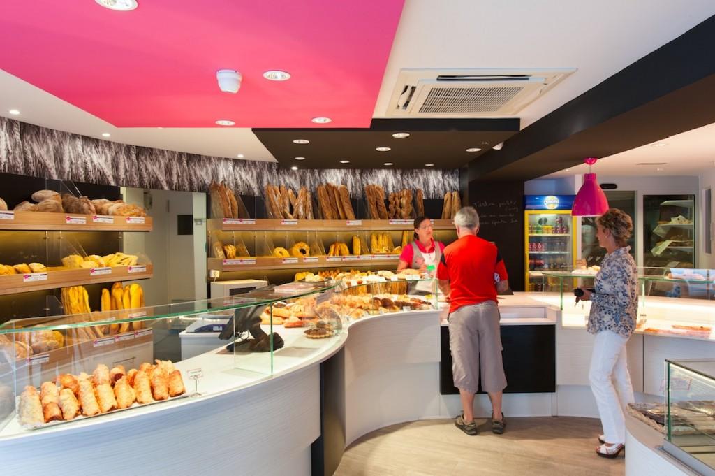 Au Vieux Fournil par nakide zone caisse - agencement - pâtisserie - décoration