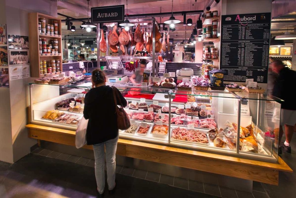 Halles alimentaires 5 Cantons boucher nakide