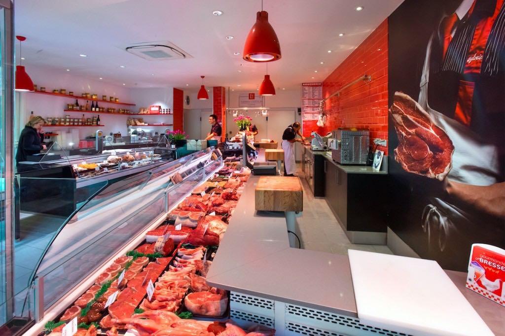 Boucherie Usseglio - agencement boucherie - agencement charcuterie - décoration boucherie by nakide - théâtralisation commerce - vitrine boucherie