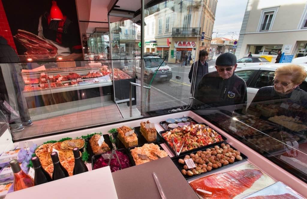 Boucherie Usseglio - agencement boucherie - agencement charcuterie - décoration boucherie by nakide - théâtralisation commerce