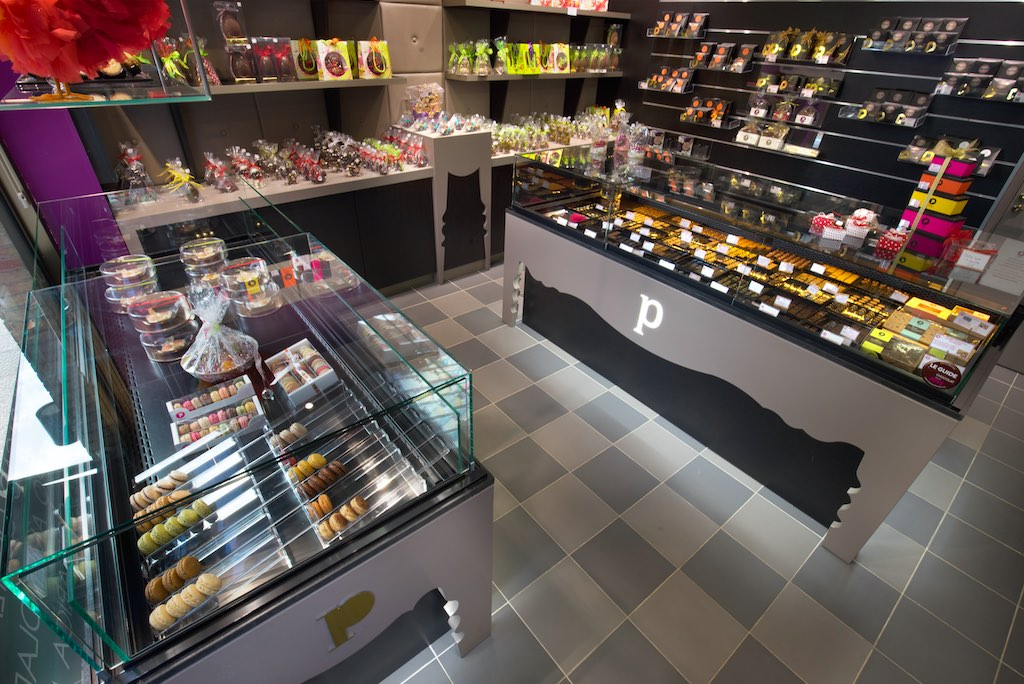 Maison Pillon Blagnac chocolats Cruz Cooling Technologies - Maison Pillon Blagnac comptoir - agencement chocolatier - décoration chocolaterie - agencement confiseur