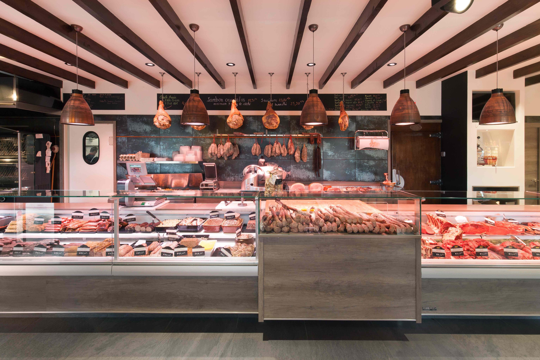 Charolais des Alpes 6 by nakide agencement d'un magasin - agencement boucherie - design boucherie - vitrine frigorifique boucherie