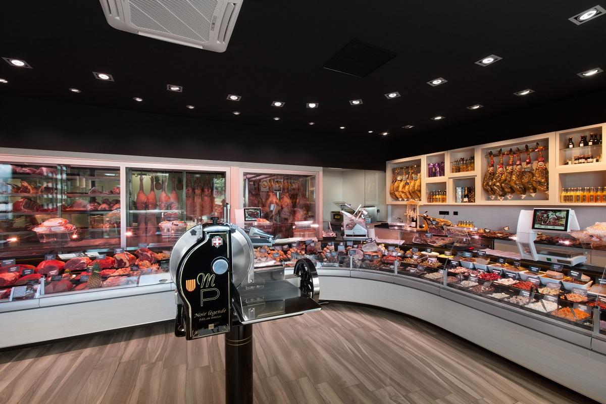maison-pare-agencement-boucherie-charcuterie-nakide-vitrine-refrigeree-retail-architecture